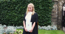 Sophie Giessner an der Universität St. Andrews in Schottland, wo sie ihren Master of International Business erwarb