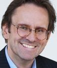 Dr. Andreas Belwe